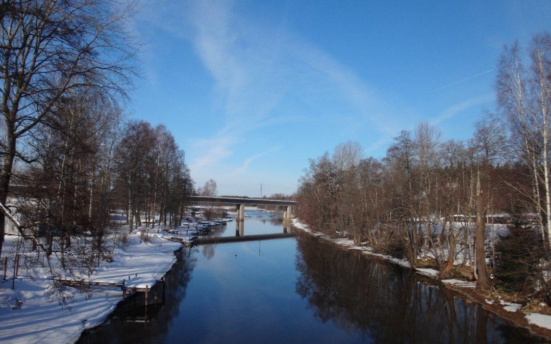 Vattenkvaliteten i Lojo sjö, Pojoviken och Ekenäs havsområde har hållits oförändrad